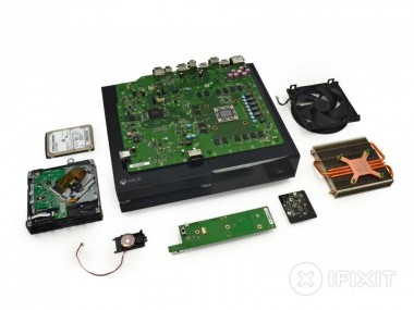 Servizio XBOX ONE pulizia interna console e rimozione polvere + sostituzione pasta termica
